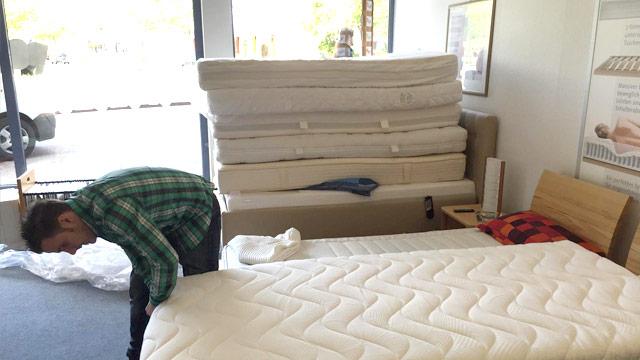 Flüchtlingshilfe Matratzenspende